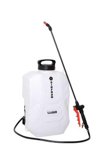 15 litros de capacidad; boquilla regulable; lanza orientable de acero o fibra de vidrio; correas superacolchadas regulables y filtro en la lanza; 4 kg. de peso.