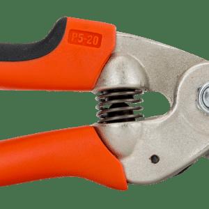 Tijeras de podar de una mano de corte deslizante con mangos de acero forjado y cabezal de corte estrecho.