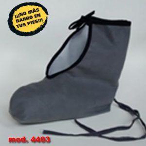 Patton o funda protectora de calzado repelente al barro: impermeable y flexible. Permite andar sobre el mismo sin dificultad, adaptándose perfectamente.
